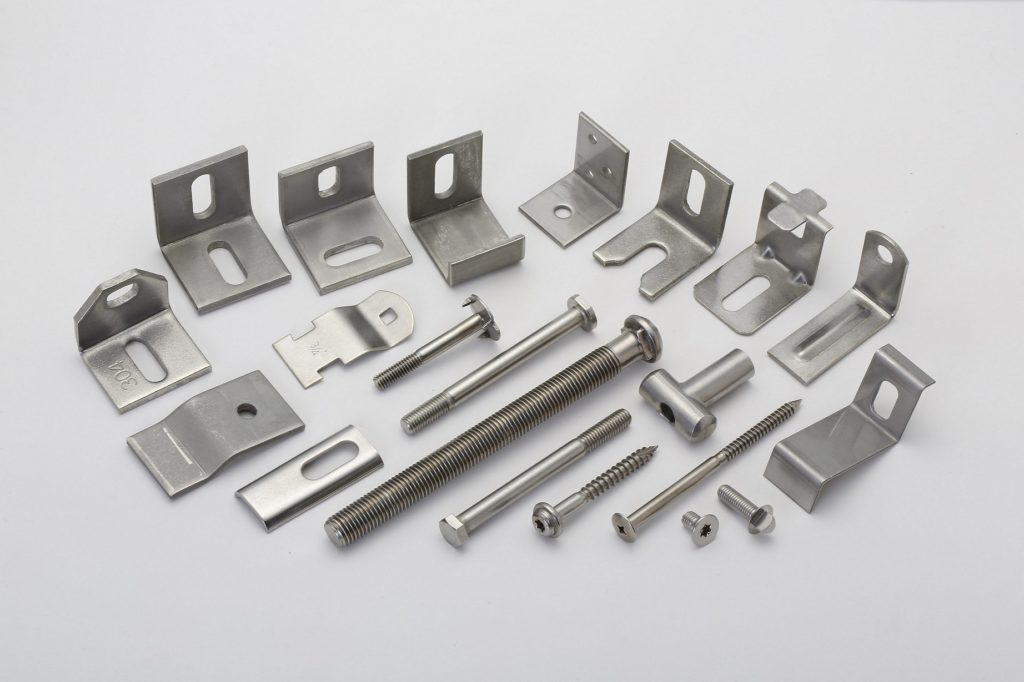 Stainless Steel Angle Bars, Bolts